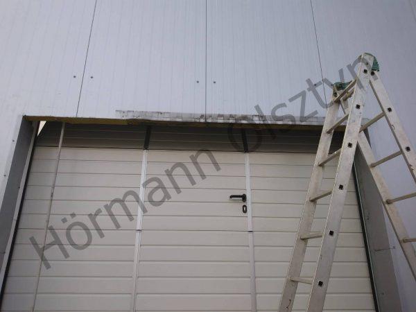 Brama przemysłowa SPUF42 z drzwiami przejściowymi