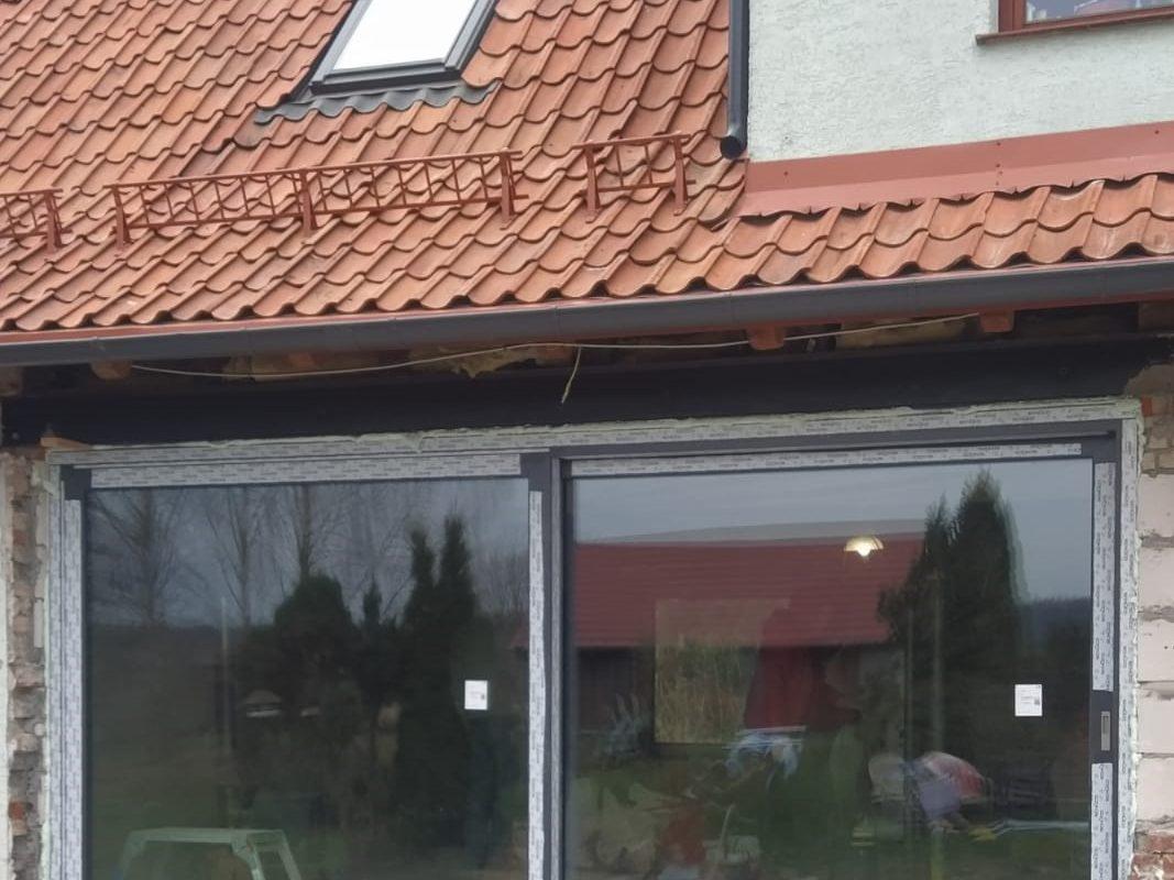 Przesuwne okno firmy Awilux HST