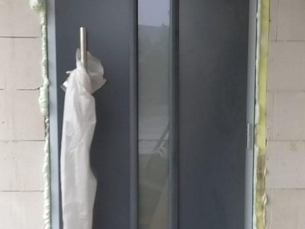 Drzwi zewnętrzne ISOPRO Wzór IP 020S kolor antracytowy