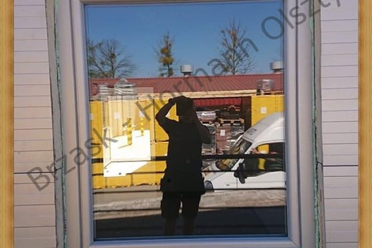 Okno o profilu Brogmann kolor-biały